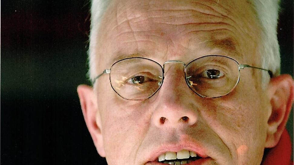 Bouwe Dijkstra overleden.